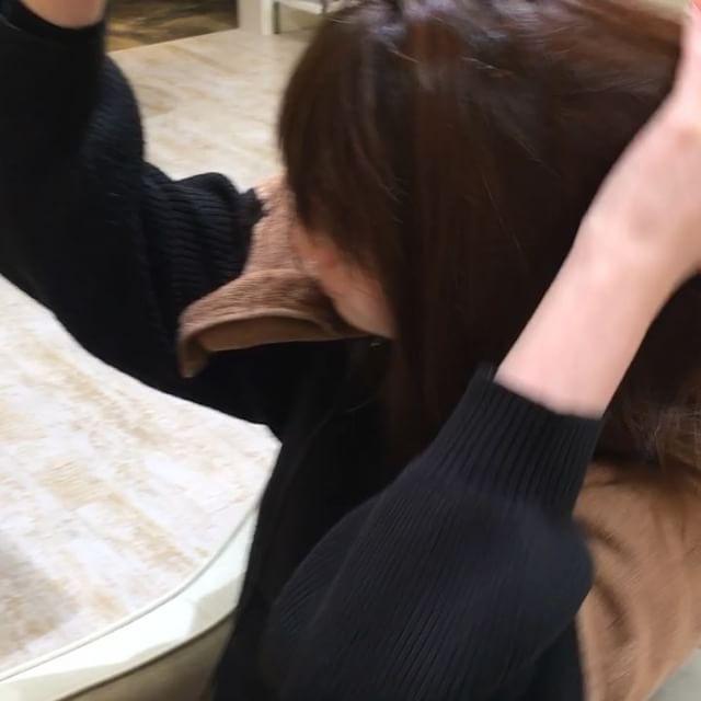 レセプションの佐久間です!復元カールドライヤー を使ってみました( ¨̮ )風は熱くなく、素人の私が使っても髪がツヤツヤで綺麗にブローできました♪♪ブローのあとは軽く冷風をあてて完成!!# 郡山ルシードスタイルリム#郡山リムグループ #郡山リムアズール #三春リムヘアー #郡山美容室 #復元カールドライヤー